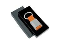 Metalen rechthoekige sleutelhanger met polyester band.art. 3020